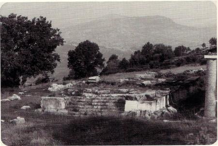 """Schiavi d'Abruzzo: il """"tempio magiore""""."""